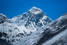 Everest: högst berg i världen Arkivbilder