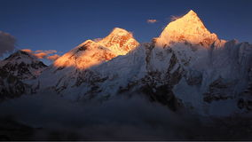Everest-Spitzen-Sonnenuntergang stock video footage