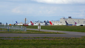 EVERETT, ΠΟΛΙΤΕΊΑ ΤΗΣ WASHINGTON, ΗΠΑ - 10 ΟΚΤΩΒΡΊΟΥ 2014: Παραγωγή 787 Dreamliners, 777, 747 και άλλων αεροπλάνων τεράστιος Στοκ φωτογραφία με δικαίωμα ελεύθερης χρήσης