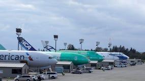 EVERETT, STATO DEL WASHINGTON, U.S.A. - 10 OTTOBRE 2014: Una produzione di 787 Dreamliners, di 777, di 747 e di altri aeroplani e Fotografie Stock