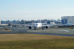 EVERETT, WASHINGTON, Etats-Unis - 26 janvier 2017 : Japan Airlines tout neuf Boeing 787-9 MSN 34843, doublure de l'enregistrement Photo stock