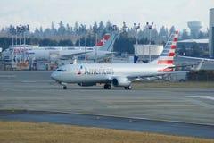 EVERETT, WASHINGTON, EUA - 26 de janeiro de 2017: Um Gen seguinte MSN 31258 de American Airlines Boeing 737-800 brandnew, registr Imagens de Stock