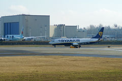 EVERETT, WASHINGTON, U.S.A. - 26 gennaio 2017: Una GEN seguente MSN 44766, registrazione EI-FTP di Ryanair Boeing 737-800 nuoviss Immagine Stock