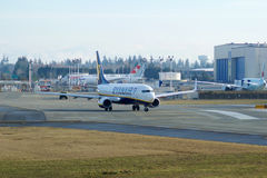EVERETT WASHINGTON, USA - JANUARI 26th, 2017: Splitterny Ryanair Boeing 737-800 en nästa Gen MSN 44766, registrering EI-FTP Arkivfoton