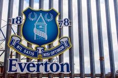 Everton-Logo am Goodison-Park Stadion Stockfotos