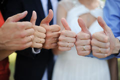 Everything is ok. Guests at a wedding promise that everything will be good Stock Photo