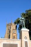 Evesham krigminnesmärke och Abbey Tower Royaltyfria Bilder