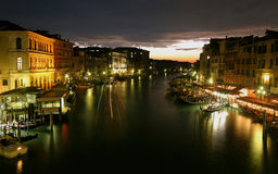 Evning auf dem großartigen Kanal in Venedig Lizenzfreies Stockfoto