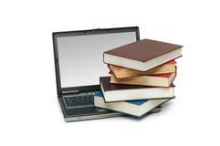 Evolução do conceito dos livros aos computadores Fotografia de Stock Royalty Free