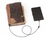 Evolución de los libros aislados en el fondo blanco Fotos de archivo libres de regalías