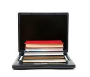Evolución de los libros a los ordenadores Fotografía de archivo