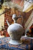 Ewer velho em uma loja árabe Imagens de Stock Royalty Free
