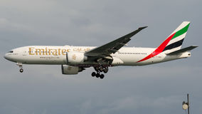 A6-EWG Emirate, Boeing 777 - 200 Lizenzfreie Stockfotos