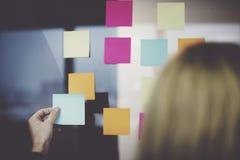 Ewidencyjnej przypomnienie notatki zawiadomienia Biurowy pojęcie Zdjęcie Stock