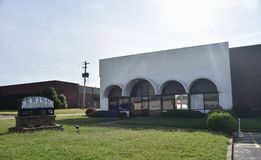 Ewing Moving and Storage Building, Memphis, TN. Owned & operated Memphis-based moving and storage company. We have offices in both Memphis and Nashville stock images