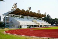 Exécutez la piste de chemin dans le stade de sport Photos libres de droits