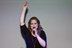 Exécution chrétienne de Christine D Clario de chanteur Images stock