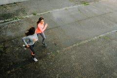 Exécution femelle d'athlètes Photographie stock libre de droits