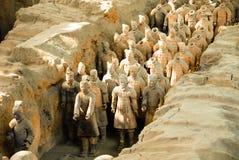 Exército da terracota no mausoléu de primeiro Qin Emperor em Xian, China imagens de stock royalty free