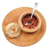 Exòtica mistura da especiaria no copo de madeira (isolado) Imagem de Stock
