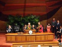Ex senatore Daniel Akaka degli Stati Uniti canta mentre accetta il premio Fotografia Stock Libera da Diritti