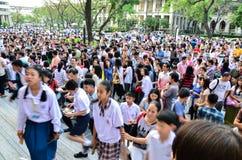 exame de entrada de espera de 4.200 estudantes Fotografia de Stock Royalty Free