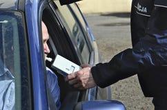 Examen de la sobriedad de un policía Imagen de archivo