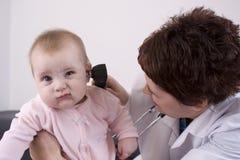Examen del oído Fotografía de archivo