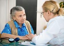 Examen médical images libres de droits