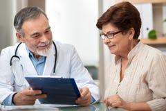 Examen médical image libre de droits