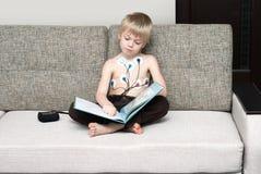 Examen médico del corazón del niño Fotos de archivo libres de regalías