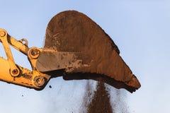 Excavador Bucket Earth de los terraplénes Fotos de archivo