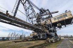 Excavador en el lignito averiado Ferropolis a cielo abierto - Alemania foto de archivo libre de regalías