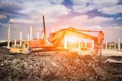 Excavador en la acción Fotografía de archivo libre de regalías
