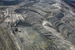 Excavadores grandes en mina de carbón Foto de archivo libre de regalías