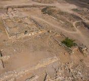Excavations arch?ologiques Base en pierre d'une vieille maison image libre de droits