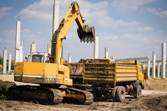 Excavator in action Royalty Free Stock Photos