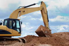Excavator bulldozer loader in sandpit Royalty Free Stock Photos