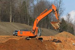 Free Excavator Digging Royalty Free Stock Photography - 630707