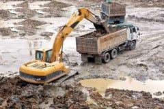 Excavatrices Images libres de droits