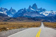 Excellent road to majestic Mount Fitz Roy Royalty Free Stock Images