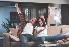 Free Excited Man And Woman Enjoying Favorite Song Royalty Free Stock Photos - 119185798