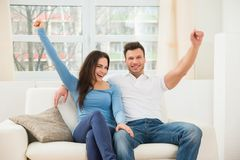 Excited smiling couple Royalty Free Stock Photography