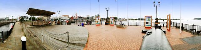 EXCLUSIEF - Panorama van de Dokken van Cardiff royalty-vrije stock foto