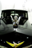 Exclusieve Uitstekende auto Cadillac op wielen met spokes Moskou, Rusland - 22 10 2016 Museum van militaire uitrusting en retro a Royalty-vrije Stock Foto