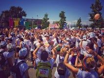 A excursão 2015 da corrida da cor Fotografia de Stock Royalty Free