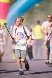 A excursão 2016 do mundo de Tropicolor da corrida da cor Fotos de Stock