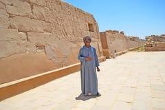 Excursion au temple de Karnak locals photo libre de droits