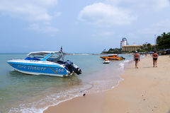 Excursion cutters near Pattaya city beach Royalty Free Stock Photography