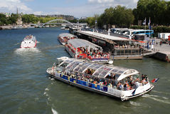 Excursion de bateau, Paris Photos stock